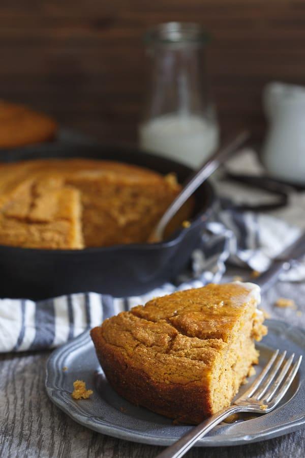 Pumpkin vanilla skillet cornbread