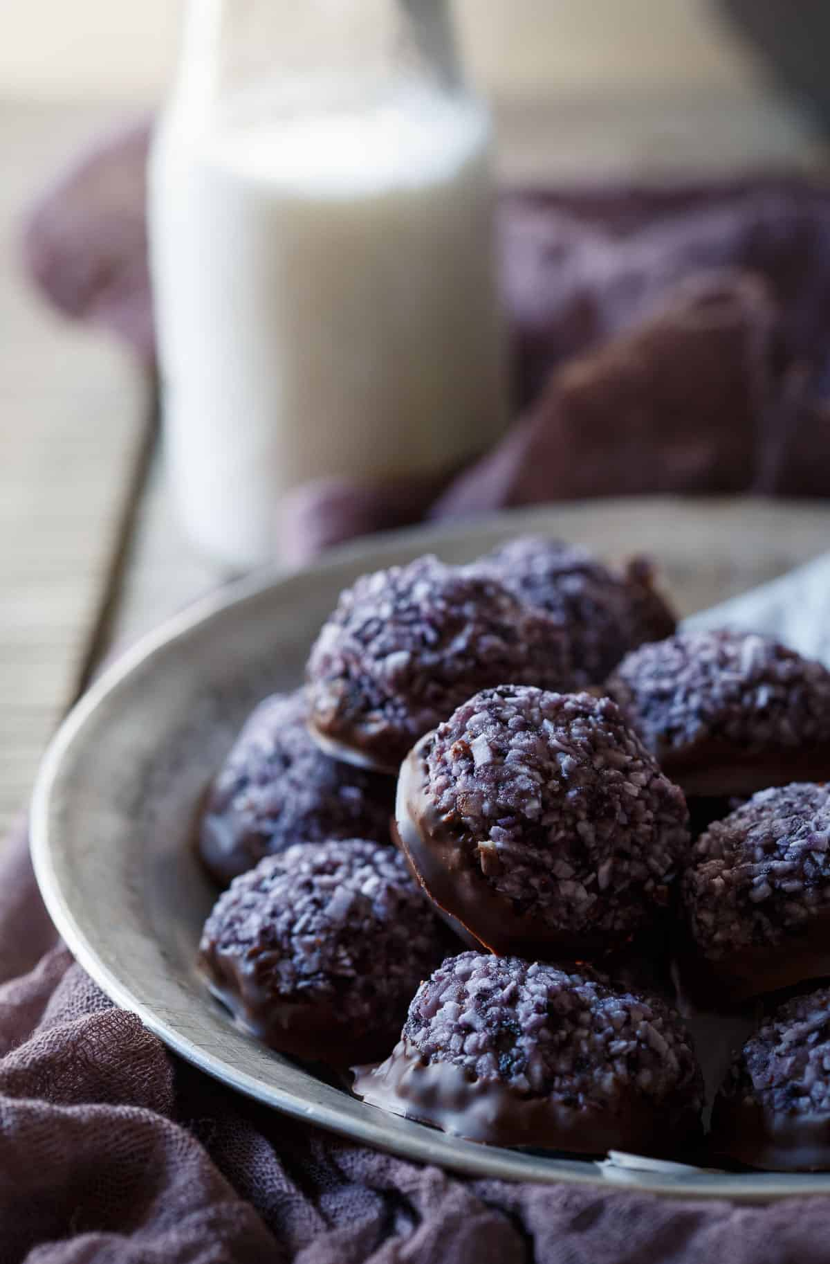 Paleo Blueberry Chocolate Macaroons are an easy treat to throw together for a quick paleo dessert!