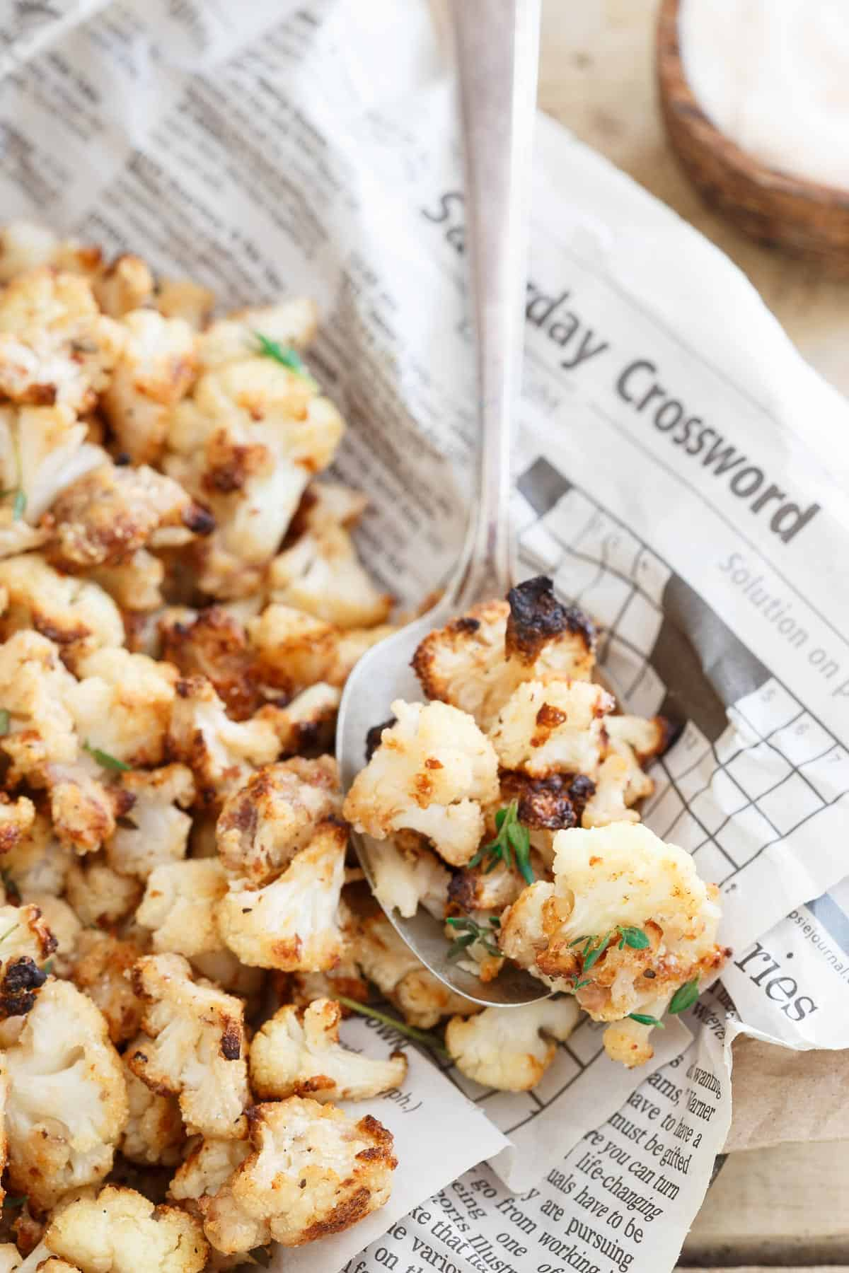 Salt and Vinegar Popcorn Cauliflower is a healthier way to get your appetizer on!