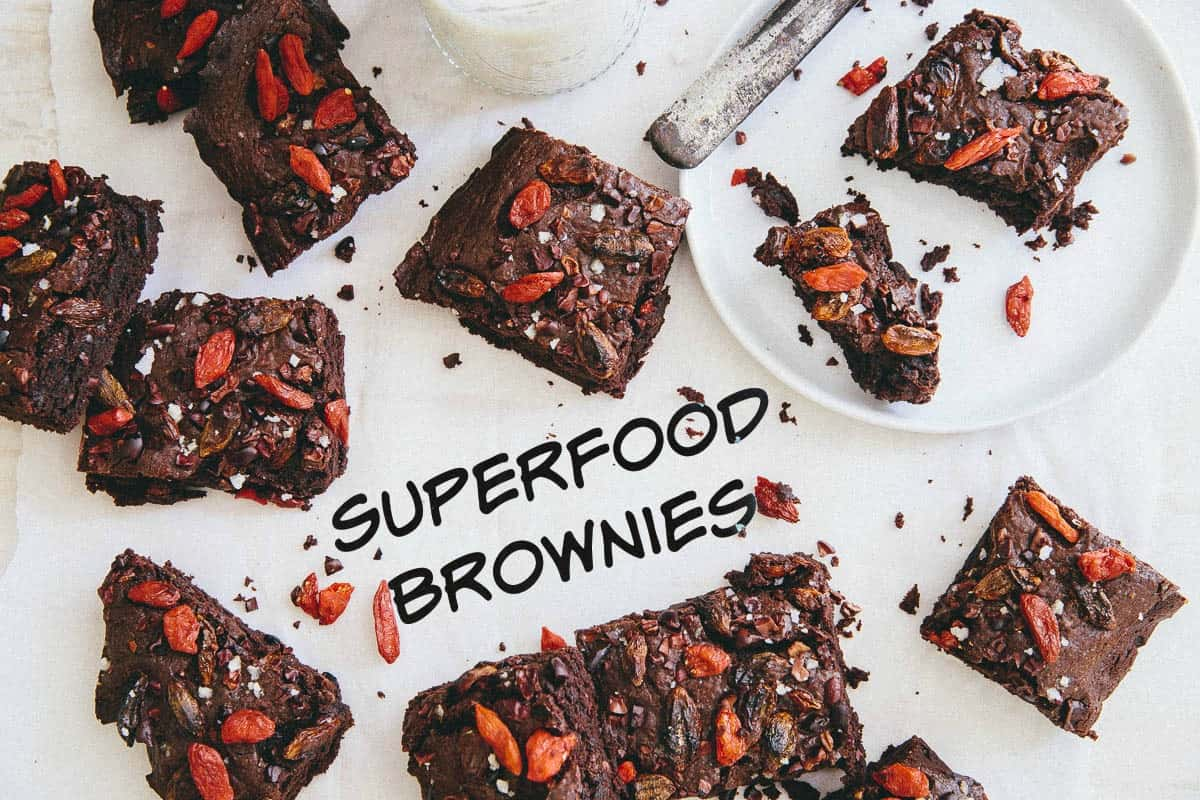 These gluten free superfood brownies are packed with goji berries and cacao nibs and baked to chewy fudge-brownie perfection!