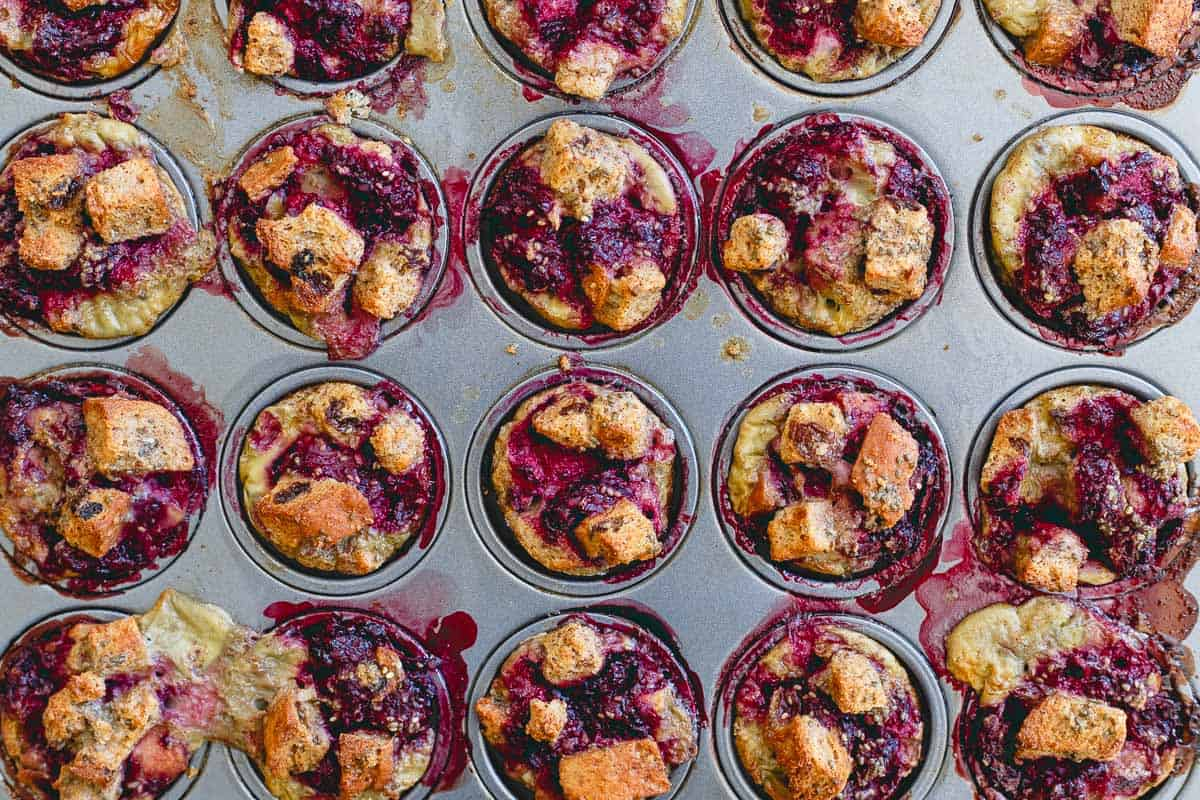 Made with gluten-free cinnamon raisin bread, these blackberry French toast bites are a breakfast everyone can enjoy!