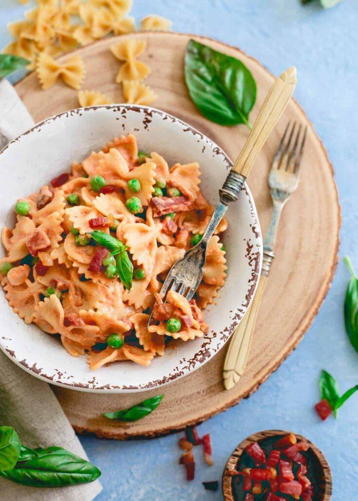 Creamy Tomato Farfalle with Peas and Crispy Prosciutto