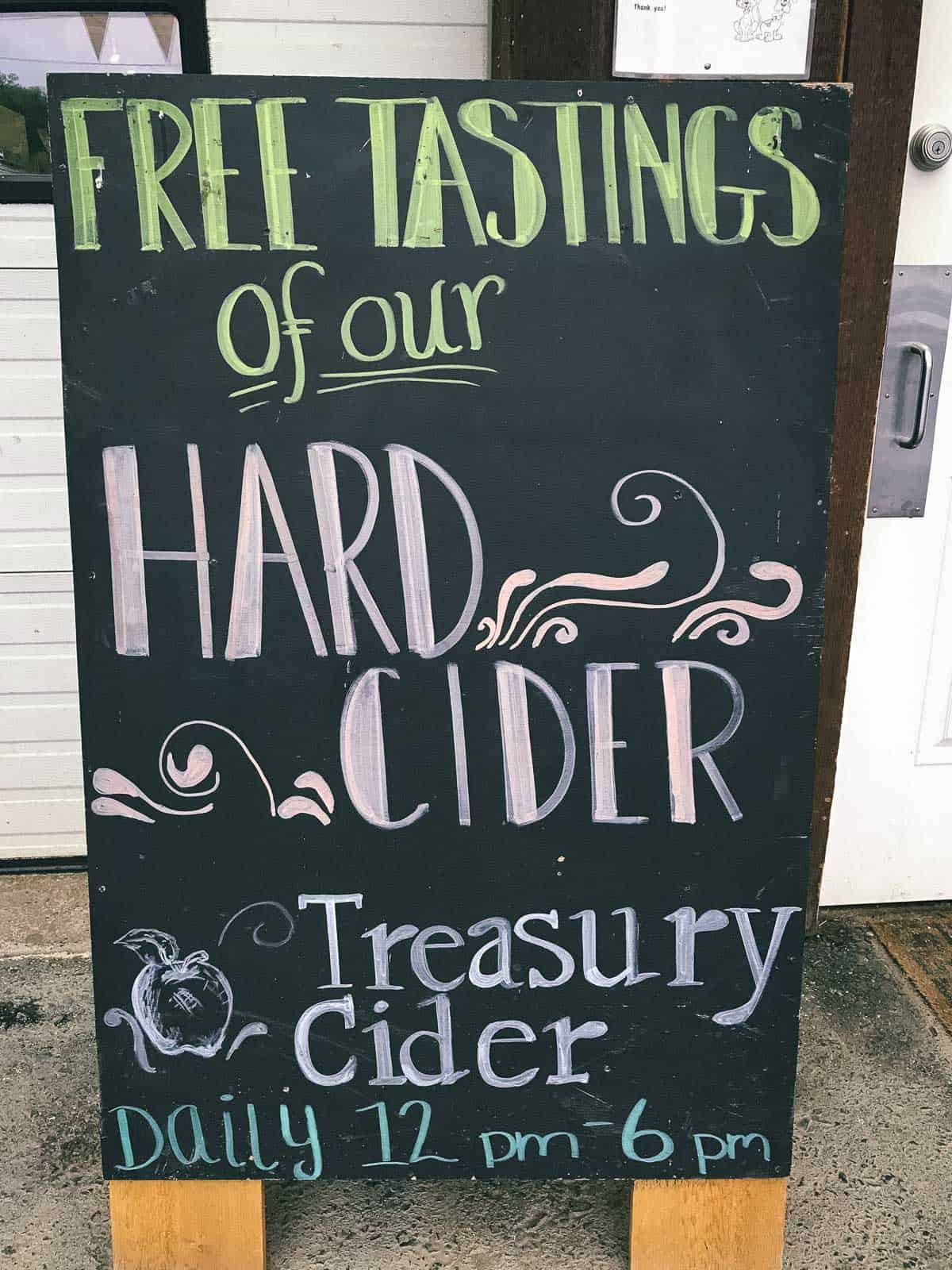 Treasury Cider from Fishkill Farms in New York, is a nice local touch to these cider slushies!