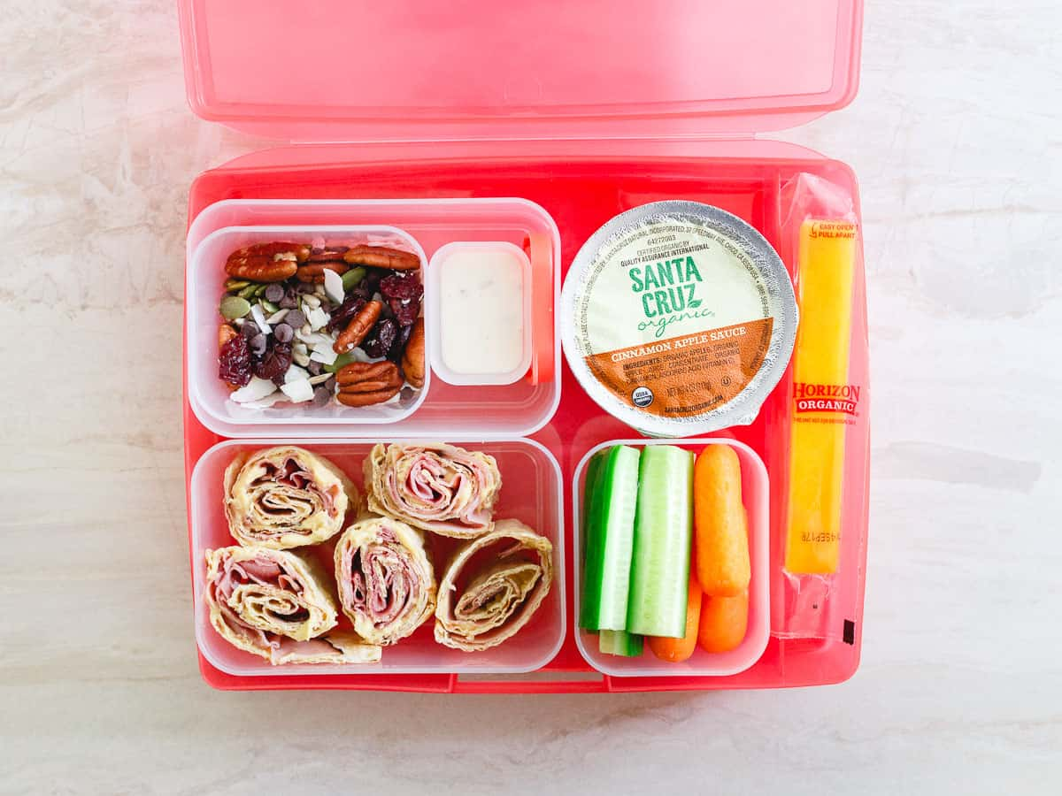Simple lunch Ideas your kids will love and an easy recipe for lunchbox trail mix.