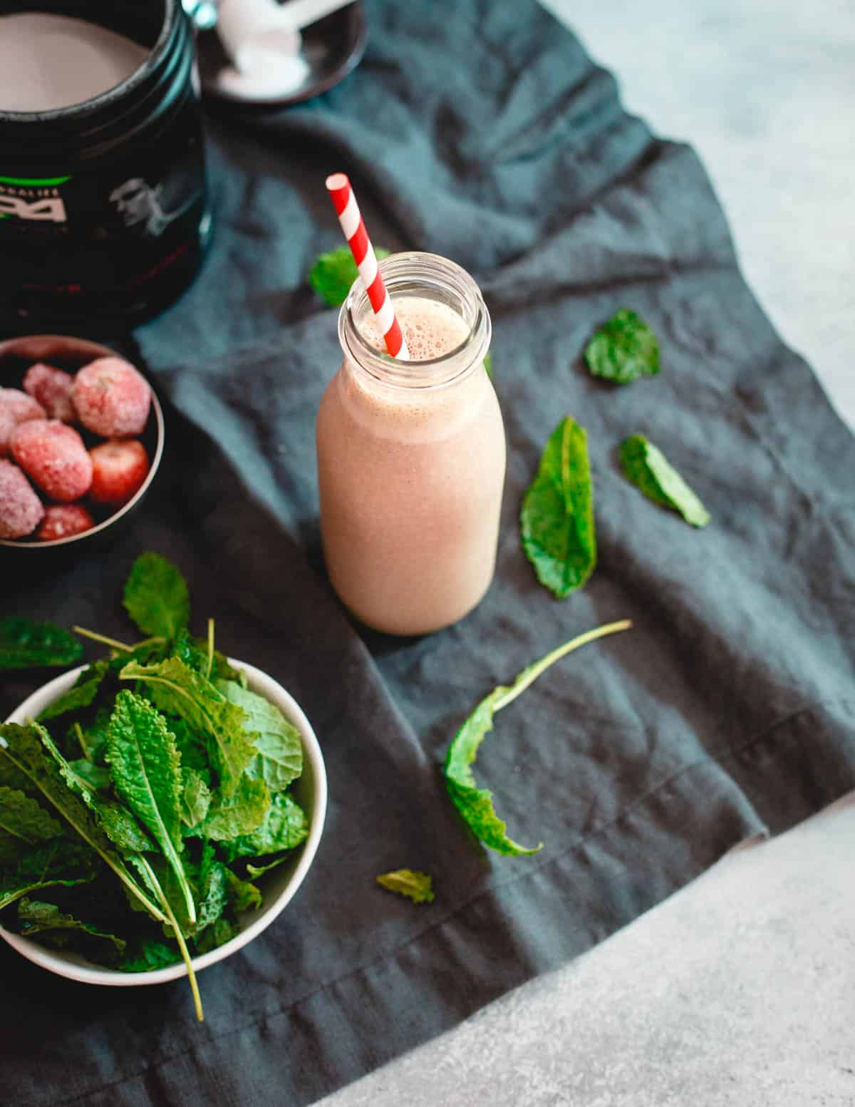 This hydrating berry green smoothie is a great option for recovering post workout.