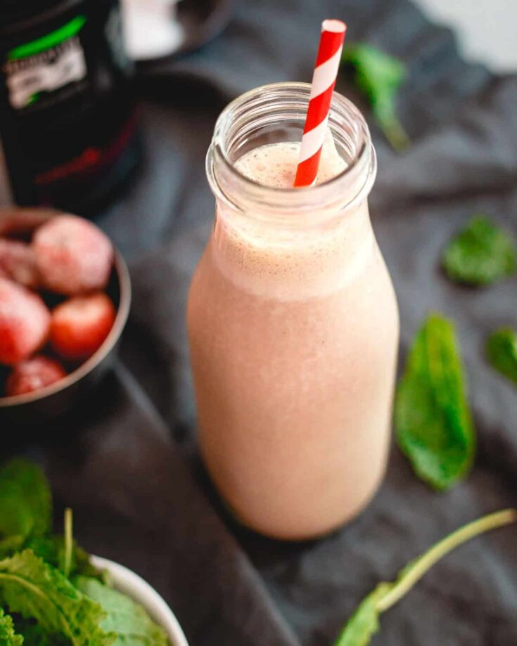 Hydrating Berry Green Smoothie