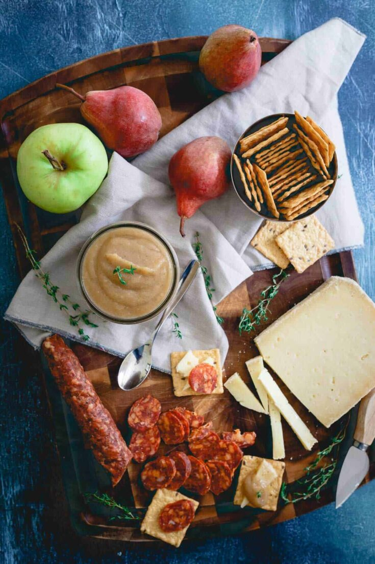 Savory Thyme Pear Apple Butter