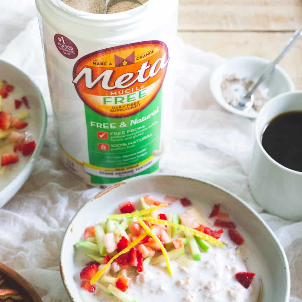 With a scoop of Metamucil Free in this overnight bircher muesli, you get an extra boost of hidden fiber with your breakfast!