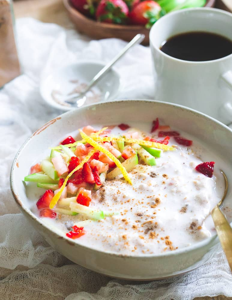 Wake up to a bowl of this delicious strawberry and lemon packed overnight muesli for an easy, delicious and fiber packed breakfast.