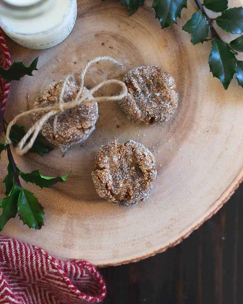 These collagen cookies are flavored with gingerbread for some festive flair. They're high in protein and gluten-free and make a great cookie to gift this holiday season.