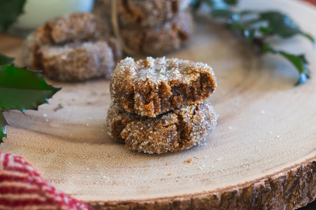 Reap all the health benefits of collage in these festive gingerbread collagen cookies this holiday season.