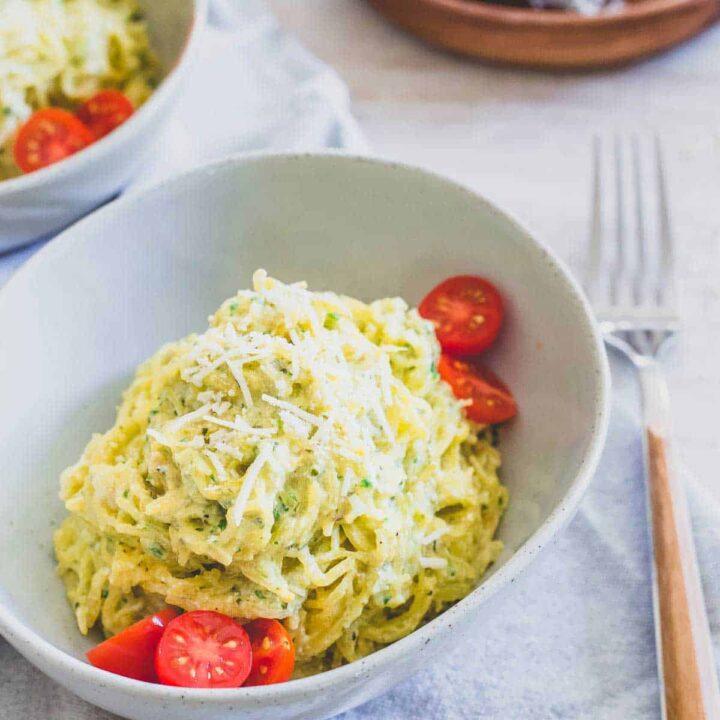 Creamy pesto spaghetti squash noodles