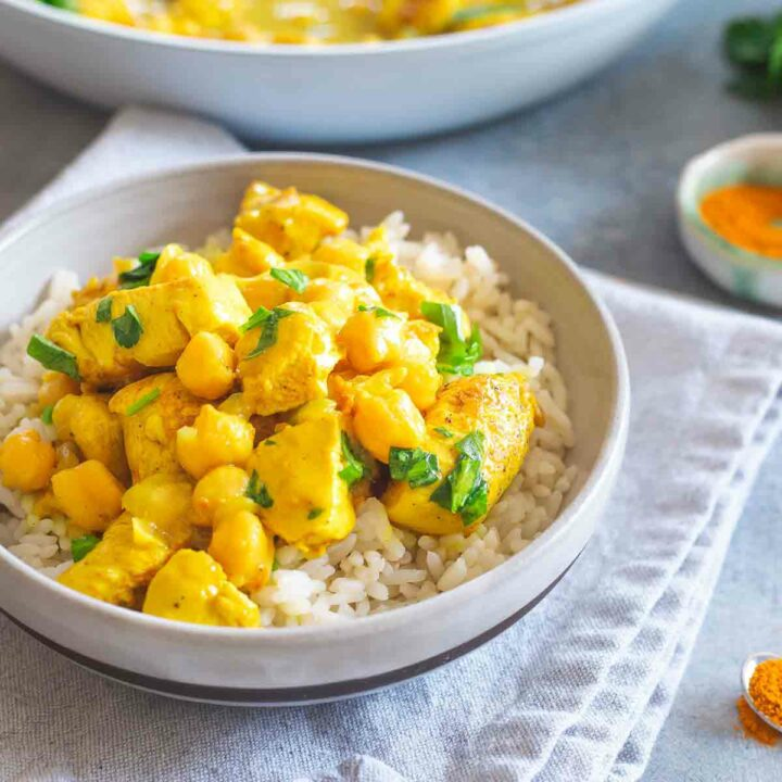 Creamy Skillet Turmeric Chicken with Chickpeas