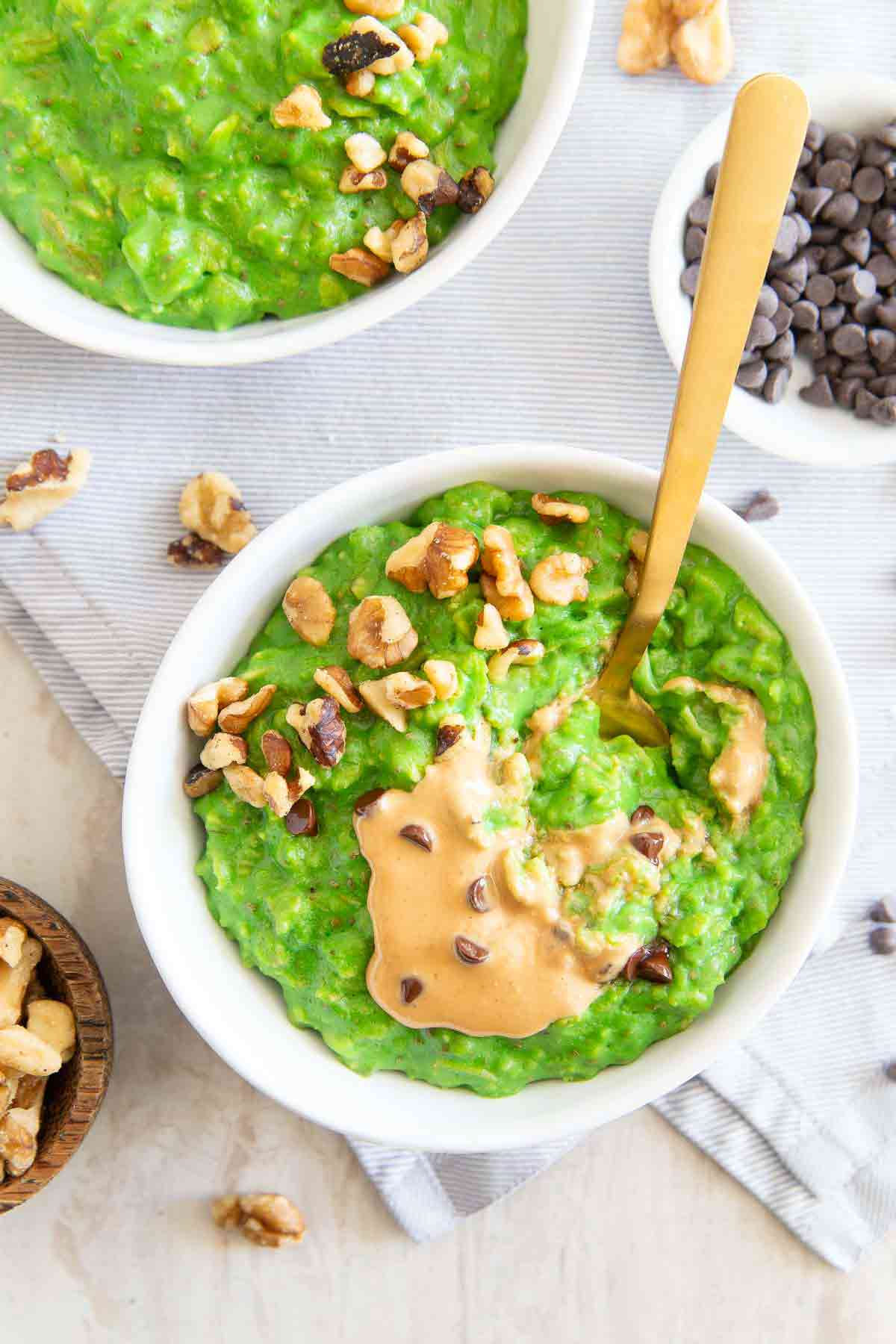 This healthy green oats recipe uses spinach to make a fun and festive start to St. Patrick's Day.