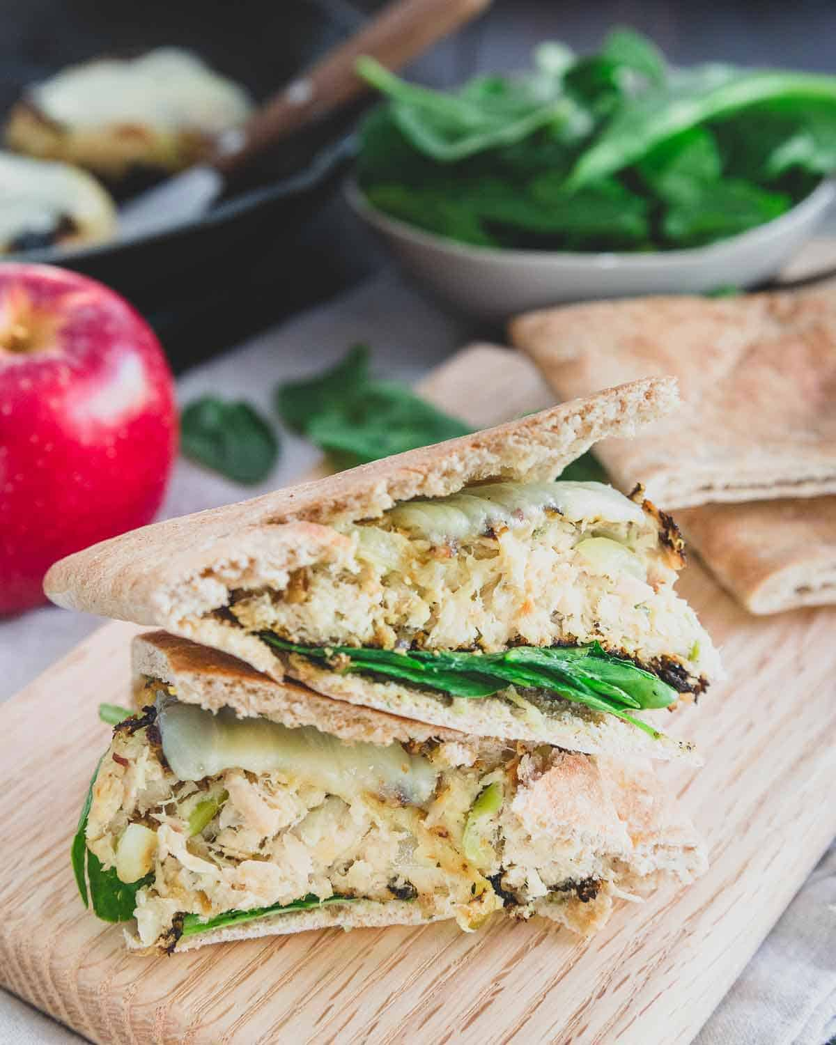 These healthy tuna patties are made with wild-caught canned albacore tuna, freshly grated apples and cheddar cheese - a simple recipe for a delicious lunch!
