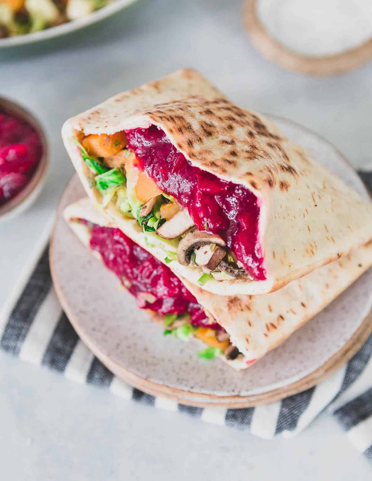 Repurpose Thanksgiving leftovers into this healthy and easy Thanksgiving cranberry vegetable sandwich for an easy lunch!