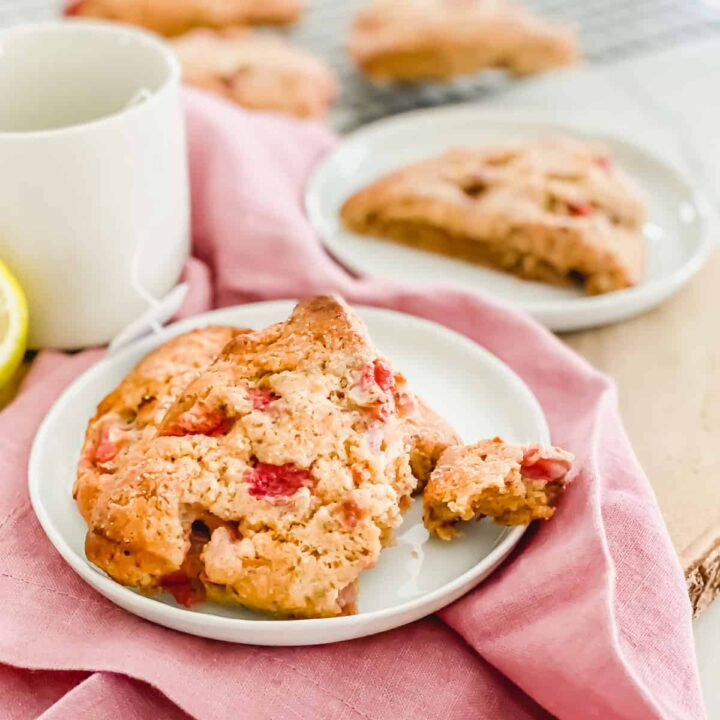 gluten-free vegan strawberry lemon scones