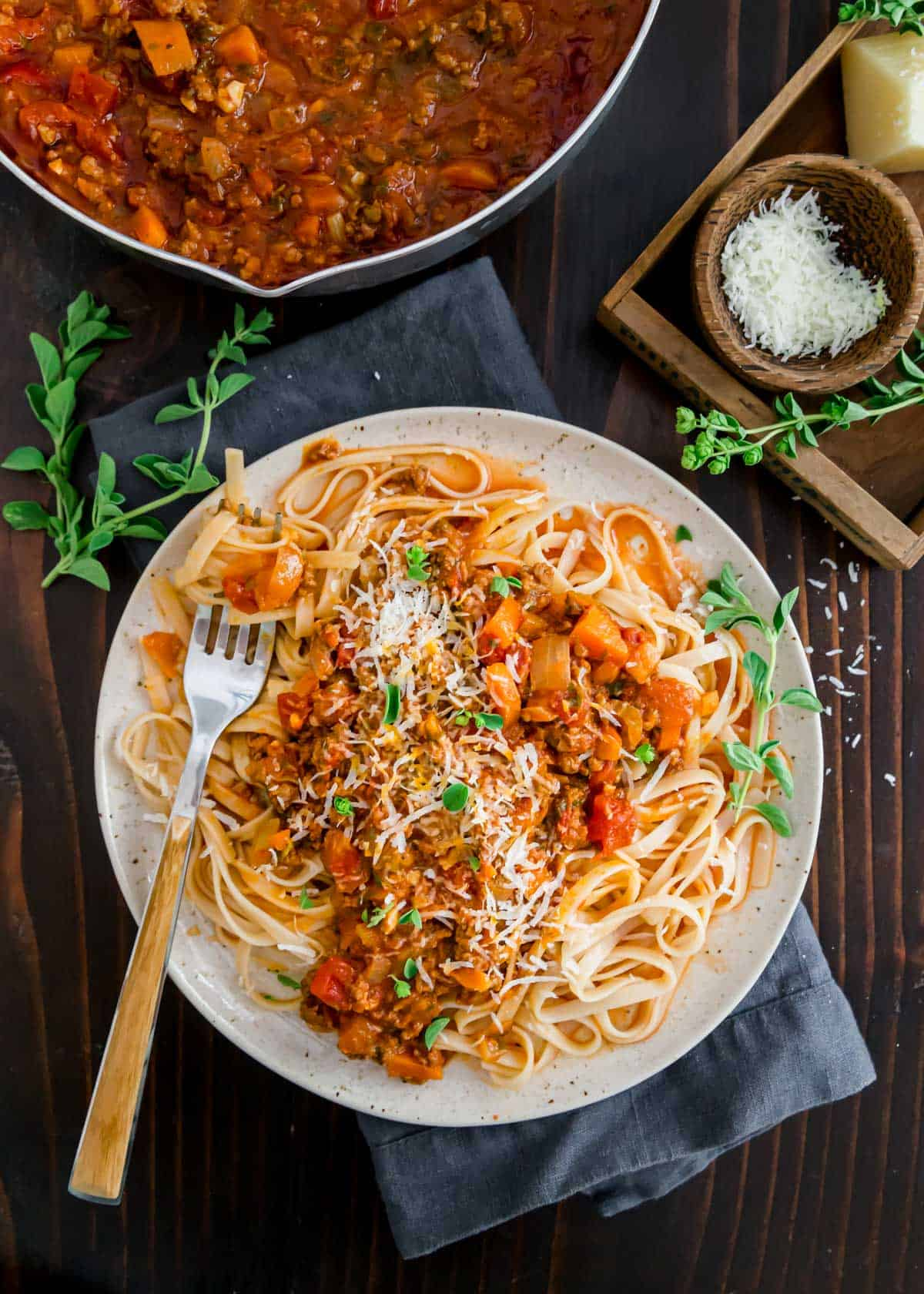 Enjoy all the hearty, comforting flavors of bolognese sauce (Italian meat sauce) in this Instant Pot version.