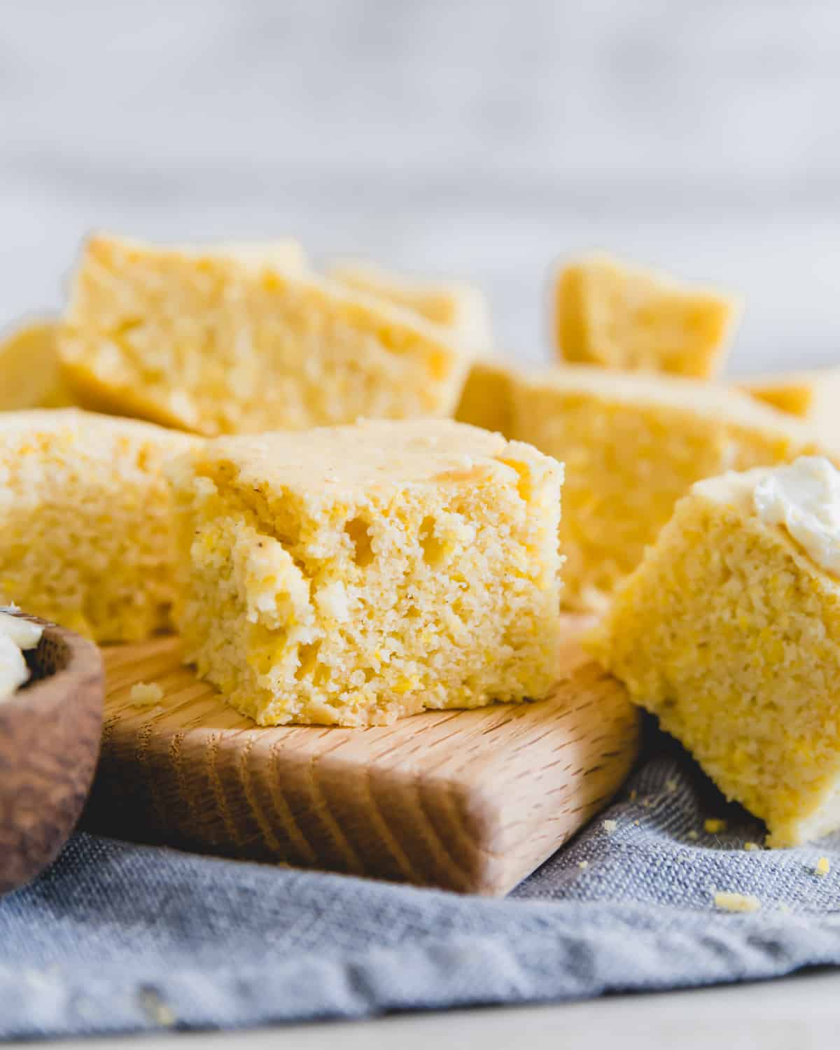 A simple and tender cornbread recipe that is vegan and gluten-free