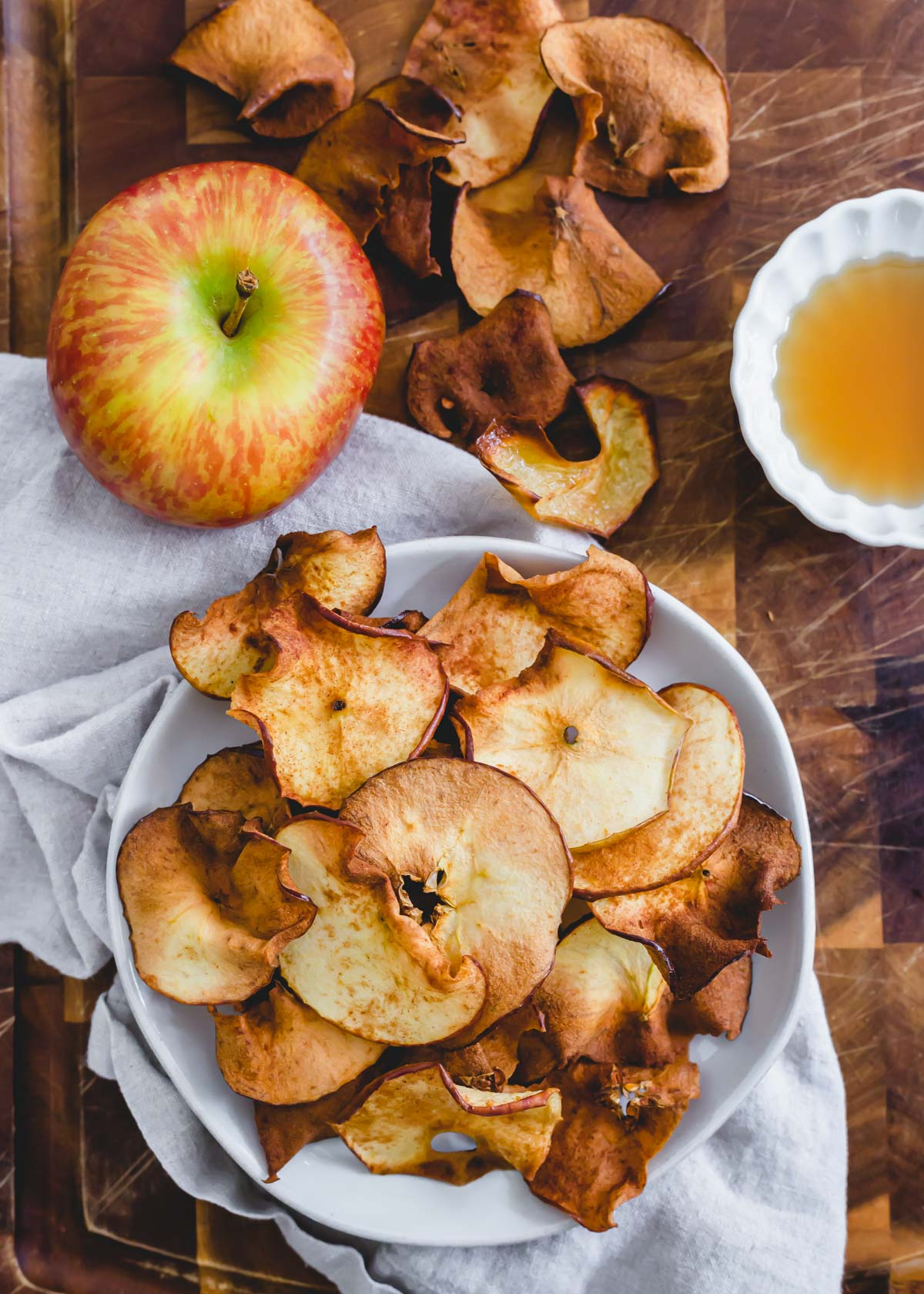How to make apple chips in the air fryer with 3 simple ingredients.
