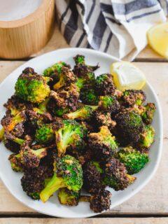 Crispy air fryer frozen broccoli