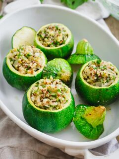Stuffed round zucchini